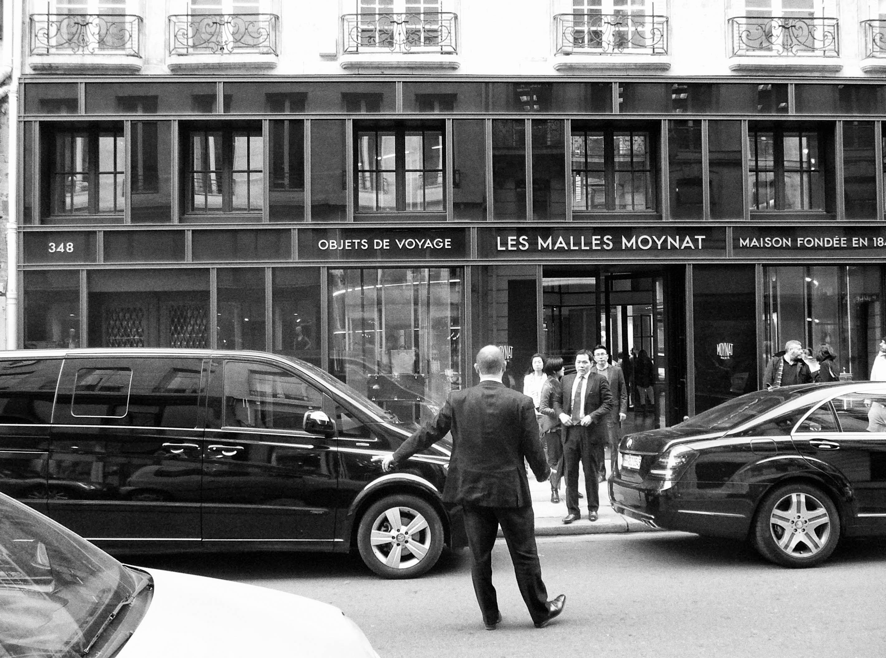 PHOTOGRAPHIER PARIS, LES TOURISTES CHINOIS, LE SHOPING