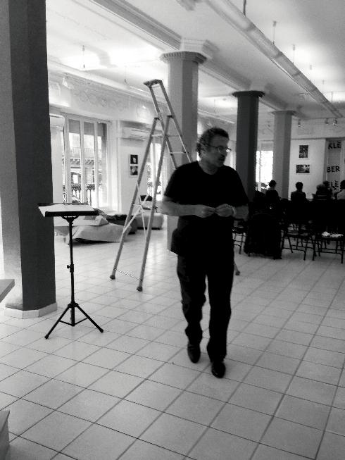 ACCROCHAGE EXPOSITION LIRE LA VIE, LIBRAIRIE KLÉBER, STRASBOURG, OCTOBRE 2014