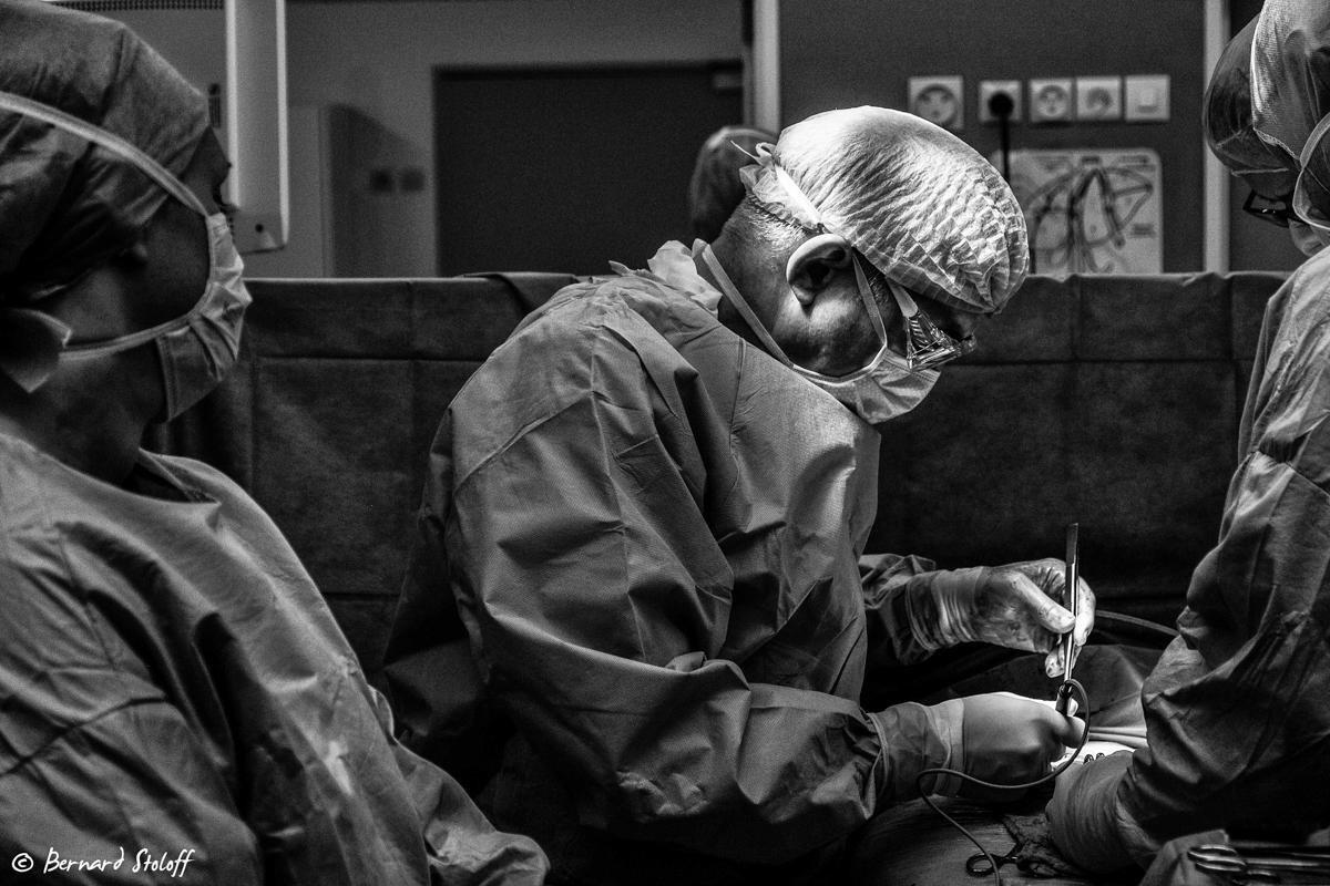 résection de la t^te du pancréas par le Pr.P.Bachellier aux hôpitaux de strasbourg